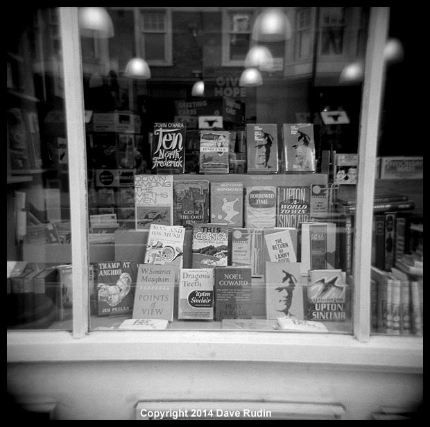 3540_09 London bookstore
