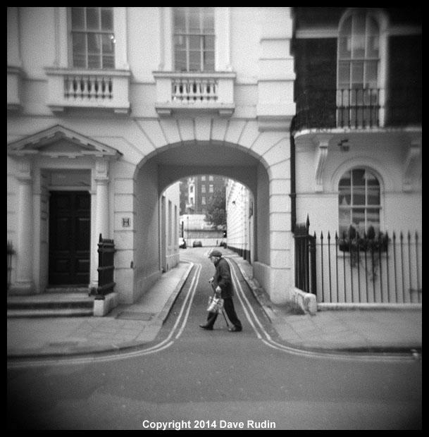 3541_08 - London man walking